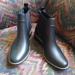 Kate Spade Sally Boot Never Worn 8/9